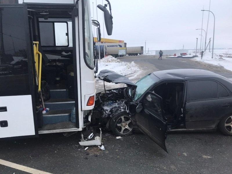 Автобус с росгвардейцами, следовавший из Северной Осетии, попал в ДТП